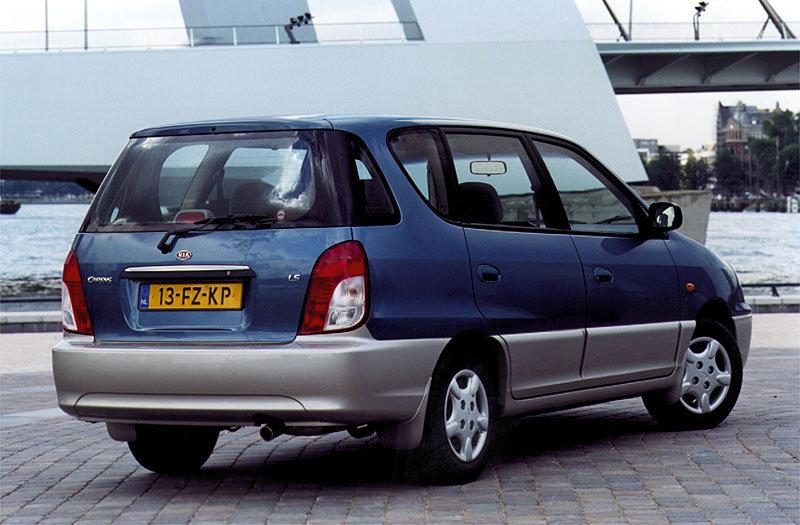 De Kia Carens uit 2000-2002