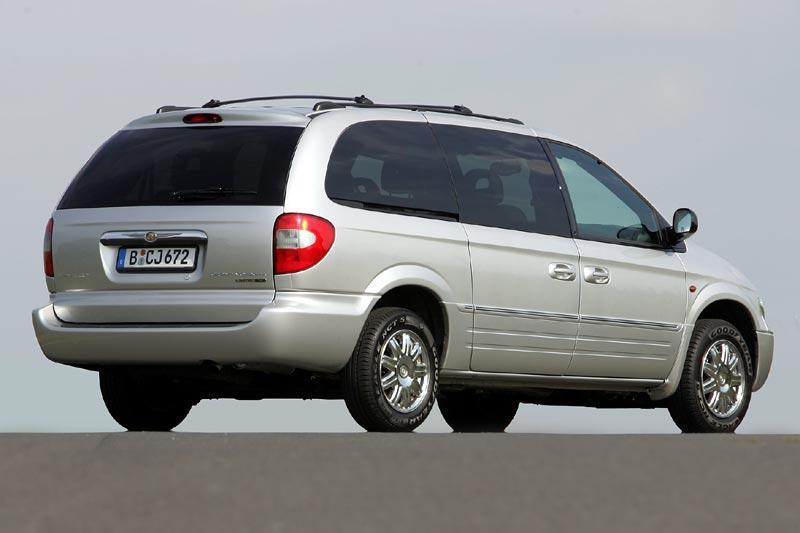 De Chrysler Grand Voyager met de facelift van 2004-2008