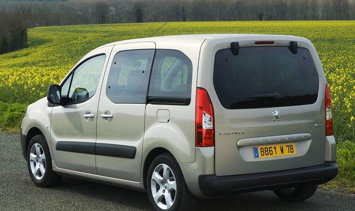 De Peugeot Partner Tepee van 2008-2012