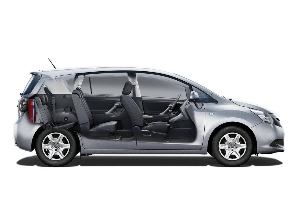 De Toyota Verso van  2013-2018 - dwarsdoorsnede