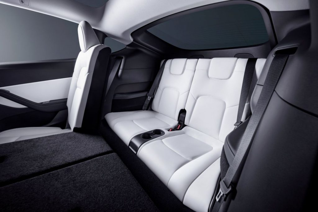 De Tesla Model Y van 2021 - interieur