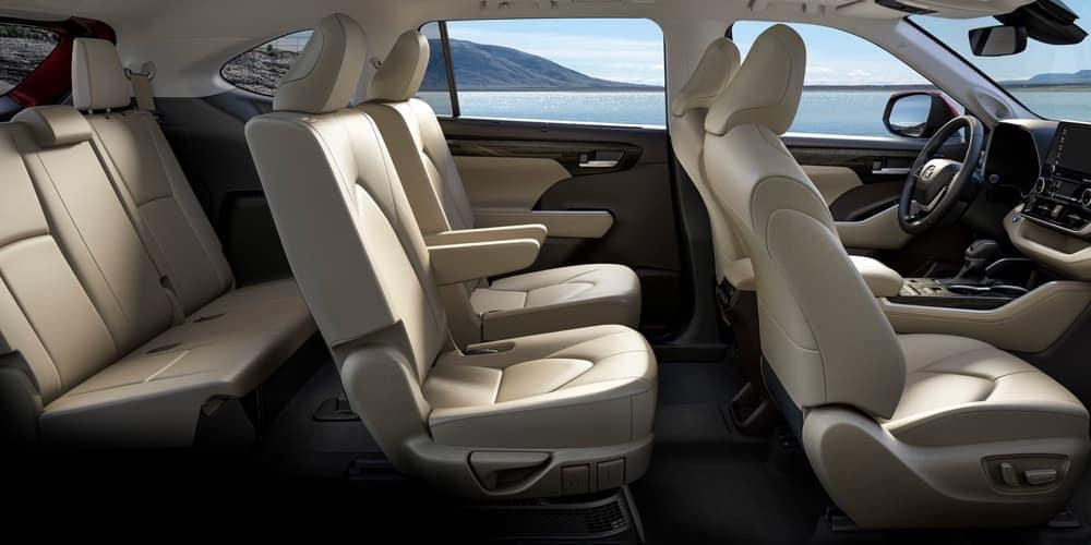 De Toyota Land Cruiser van 2017 - interieur
