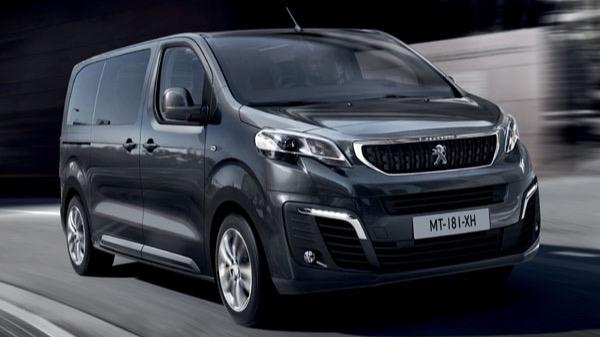 De Peugeot Traveller van 2016