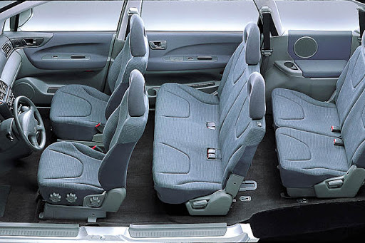 De Mitsubishi Space Wagon van 1999-2004 - interieur