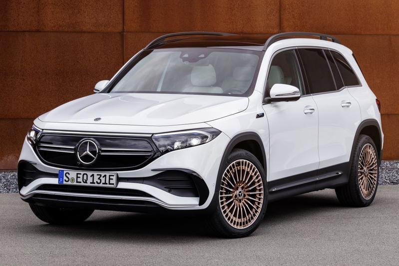 De Mercedes-Benz EQB van 2022